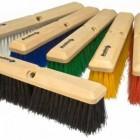 Cepillos, pisos y superficies